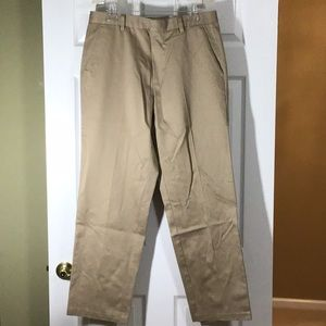 LAST CHANCE - Men's DOCKERS Flat Front Khaki Pants